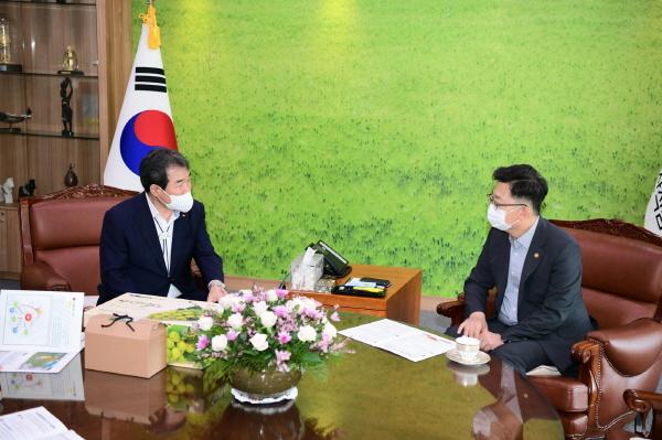 크기변환_사본 -농림축산식품부 방문3.jpg